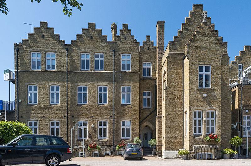 Cloisters House, Cloisters Business Centre, 8 Battersea Park Road, London, SW8 4BG